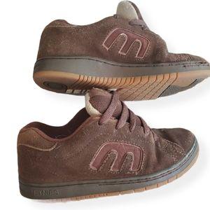 Etnies 3.5 kid's Kingpin Skateboarding Shoes